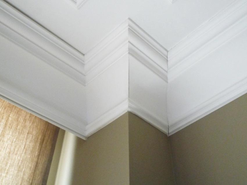 cornici in polistirolo e poliuretano per soffitti